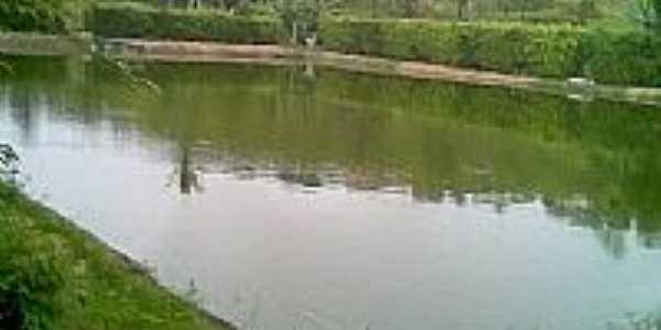 Lagoa de Estabiliza��o-Foto:Sandro Bezerra de Li�