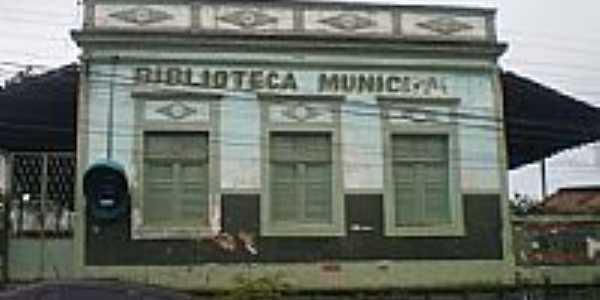 Biblioteca Municipal-Foto:felipe_1993