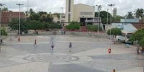 Praça Central, Por Márcio André