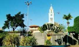 Coaraci - Praça Pio XII, Por Firmo Filho
