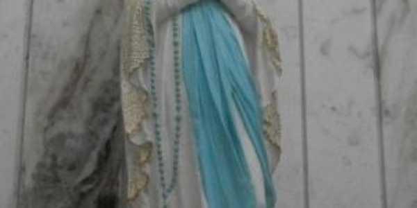 Imagem da Padroeira da Cidade-Na.Sra. de Lourdes-Coaraci-BA, Por REGINA MARIA CAMPOS PIMENTEL