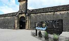 Itamarac� - Entrada do Forte de Santa Cruz em Itamarac�-PE-Foto:Emerson R. Zamprogno
