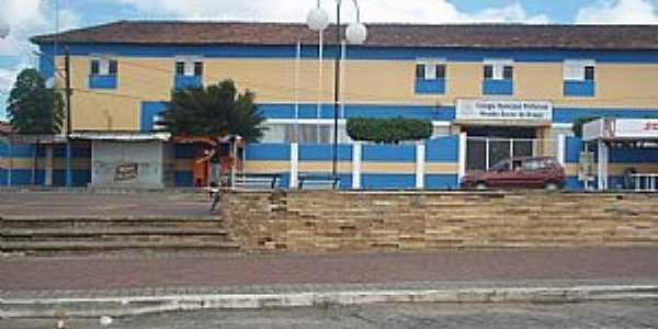 Escola Municipal - por LipeGdim