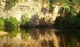 Cocos - Cocos-BA-Pared�es do Rio Itaguari-Foto:rioitaguaricocosbahia
