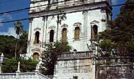 Comércio - Igreja da Santíssima Trindade dos Cativos na Av.Jequitáia,Água de Meninos,em Comércio-BA-Foto:Otavio Neves Cardoso