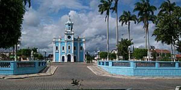 Conceição da Feira-BA-Praça e Matriz de N.Sra.Conceição-Foto:retironoticias.