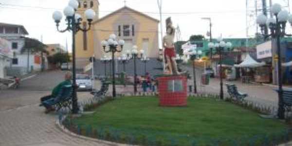 Praça de São Sebastião no Centro da cidade de Machados, Por Silvio Borba