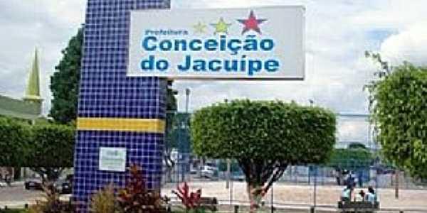 Conceição do Jacuípe-BA-Placa da cidade na praça central-Foto:www.curtosim.com.br