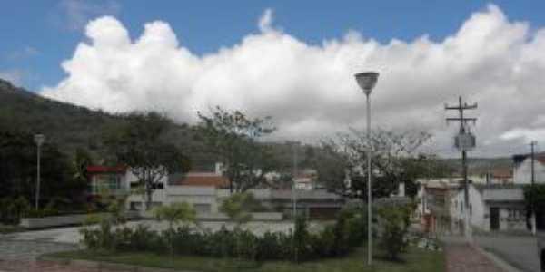 Praça em frente à Igreja, Por Gilzete Galvão