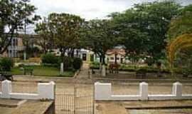 Condeúba - Praça Jovino Arsênio da Silva-Foto:João Gagu