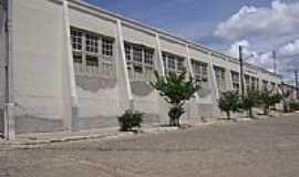 Condeúba - Escola Dr.Tranquilino Leogevildo Tôrres em Condeúba-Foto:João Gagu