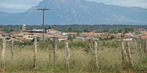 O Morro e vista parcial da cidade de Condeúba-Foto:João Gagu