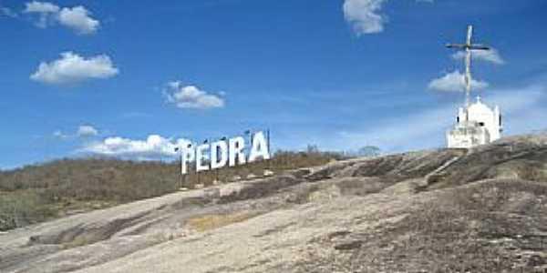 Pedra-PE-Capela do Cruzeiro-Foto:Élida Goes