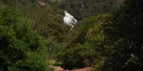 Cachoeira Grande (hidrelétrica de poço fundo), Por Diego Gomes Freitas