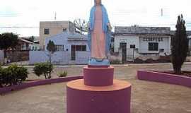 Quixabá - Quixabá-PE-Imagem em homenagem à N.Sra.das Graças na praça-Foto:Sergio Falcetti