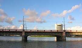Recife - Recife-PE-Ponte Mauricio de Nassau-Foto:Roberto Inojosa