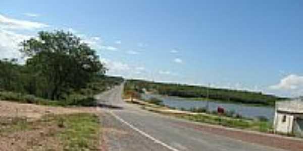 Açude ao lado da Rodovia em São Vicente-Foto:w/w