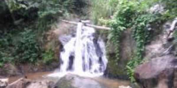 Cachoeira da Macambira, Por Baiardo L.L.Filho