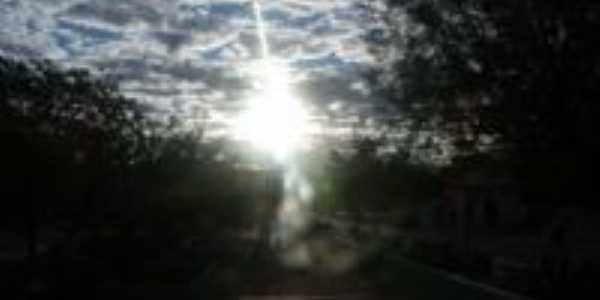 por do sol na pra�a da matriz, Por Jos� Geraldo ( DADI�O)
