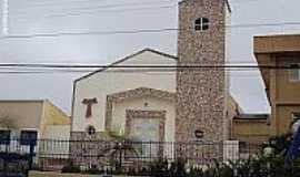 Surubim - Igreja de N.Sra.do Amparo em Surubim-Foto:Sergio Falcetti