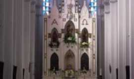 Tacaratu - altar mor do Santuário de Nossa Senhora da Saúde, Por Keninho Costa