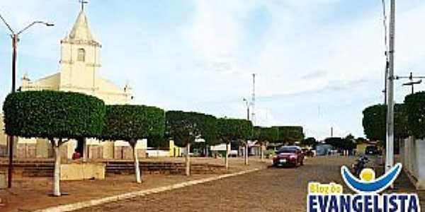 Acauã-PI-Praça da Matriz-Foto:blogdoevangelista.com.br
