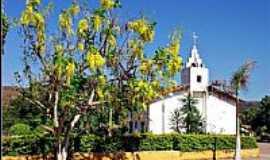 Antônio Almeida - Praça e Igreja de Santana em Antônio Almeida-PI-Foto:Agamenon Pedrosa