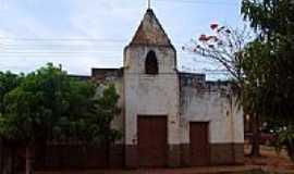 Antônio Almeida - Antiga Igreja de Santana em Antônio Almeida-PI-Foto:walterfmota