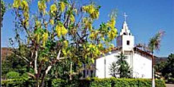 Praça e Igreja de Santana em Antônio Almeida-PI-Foto:Agamenon Pedrosa