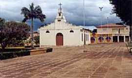 Baixa Grande do Ribeiro - Igreja Matriz-Foto:lbdorneles