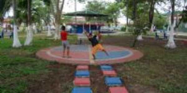 PRA�A MONS. BOZON - CENTRO - 2009, Por PEDRO MELO
