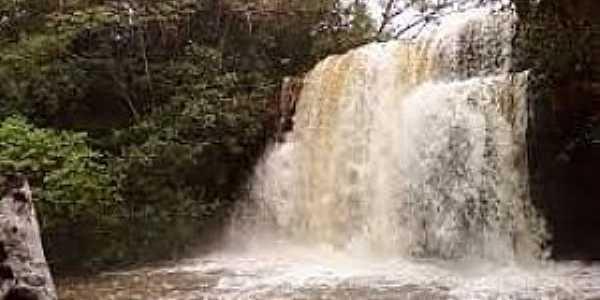 Batalha-PI-Cachoeira do Xixá-Foto:www.portalodia.com