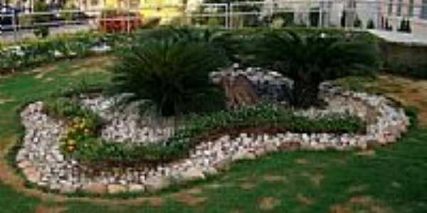 Jardim do Colégio N.Sra.das Graças-Foto:Helder Fontenele