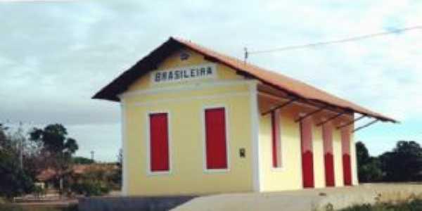 antiga estação de ferro, Por Naiara Rocha