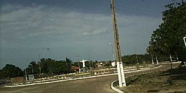 Cajueiro da Praia-PI-Cristo na entrada da cidade-Foto:João Ananias