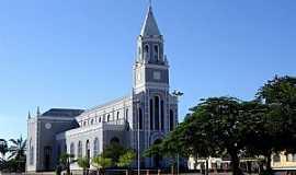 Campo Maior - Campo Maior-PI-Catedral de Santo Antônio de Pádua-Foto:Vicente A. Queiroz