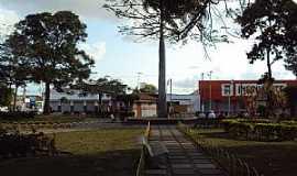 Cruz das Almas - Cruz das Almas-BA-Praça no centro-Foto:Luiz Vinicius