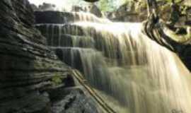 Castelo do Piau� - Cachoeira do Cov�o, Por Juscelino Reis