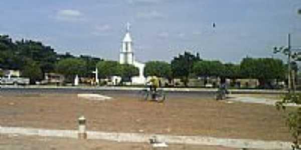 Praça e Igreja-Foto:Evaldo Crane