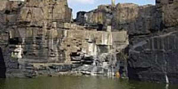 Esperantina-PI-Ponte sobre a Cachoeira do Urubu-Foto:Ferreira
