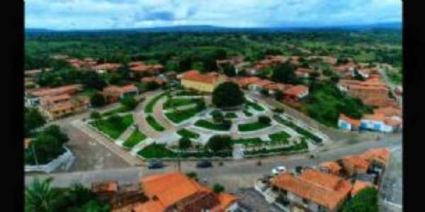 Francinopolis, Por Luciana
