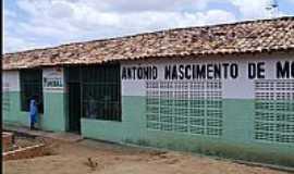 Curral Falso - Curral Falso-BA-Escola Antônio Nascimento-Foto:montenius.blogspot.com