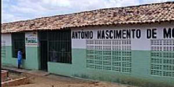Curral Falso-BA-Escola Antônio Nascimento-Foto:montenius.blogspot.com