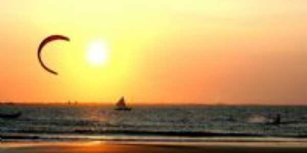 Por do sol na praia do coqueiro, Por Genilson