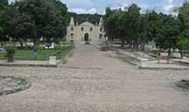 Monsenhor Gil - Praça e Igreja-Foto:novo.portalappm