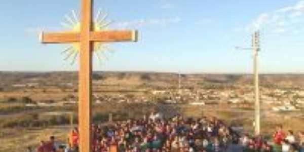 Procissão no Morro da Cruz, Por TALVANIS ALVES