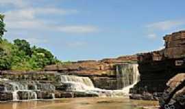 Novo Santo Antônio - Cachoeira Rosário em Novo Santo Antônio-PI-Foto:Juscelreis