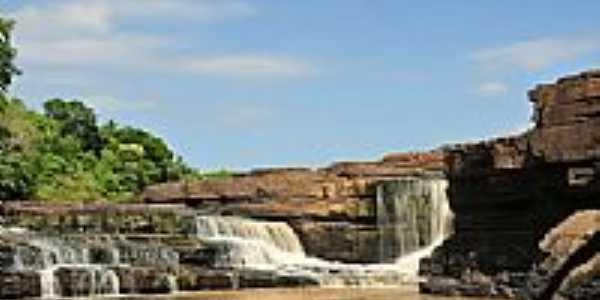 Cachoeira Rosário em Novo Santo Antônio-PI-Foto:Juscelreis