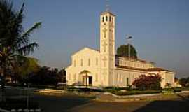 Santa Luz - Igreja em Santa Luz-Foto:Antonio João Botrel