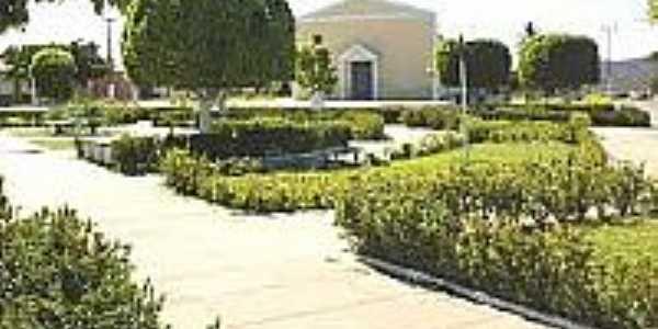 Praça e Igreja-Foto:estrelamoto